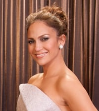 Jennifer Lopez to present at Academy Awards