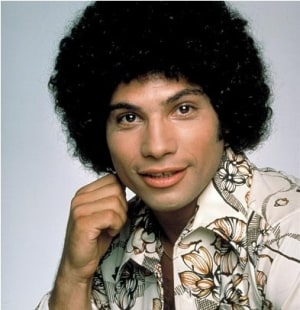 'Welcome Back, Kotter' Star Robert Hegyes Dies at 60
