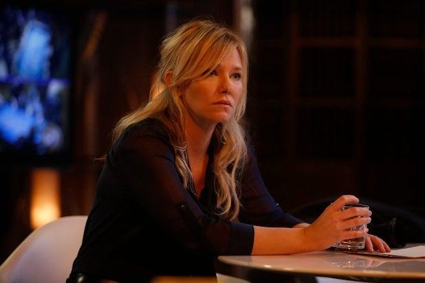 'SVU's' Kelli Giddish on Detective Rollins' Downward Spiral, Mariska  Hargitay's Directorial Debut