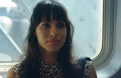 Desiree-Akhavan-in-APPROPRIATE-BEHAVIOUR-2