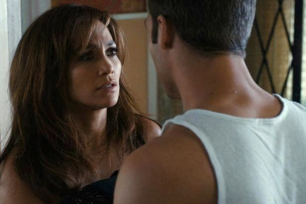 jennifer lopez declares there are worse movies than 39 gigli 39 critics think 39 boy next door 39 might. Black Bedroom Furniture Sets. Home Design Ideas