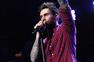 Adam Levine to Perform at the Oscars