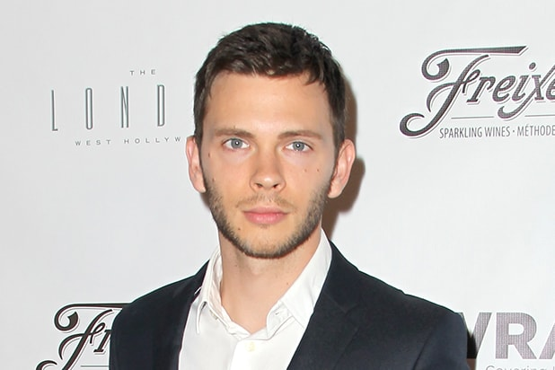 'Dexter' Actor Devon Graye to Play a Villain on 'The Flash'