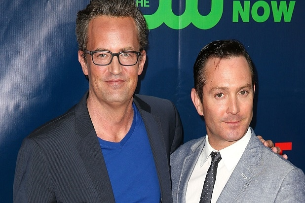 matthew perry says hes doing odd couple revival