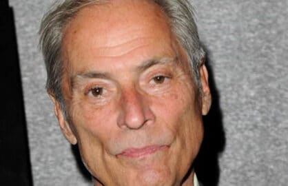 NEW YORK - JUNE 21: CBS News correspondent Bob Simon attends the premiere of 'South Of The Border' at Cinema 2 on June 21, 2010 in New York City. (Photo by Stephen Lovekin/Getty Images)