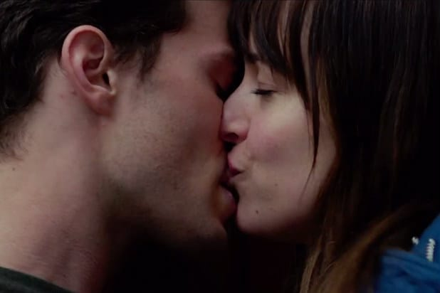 Jamie Dornan Dakota Johnson Sexual Tension Mounts In First Full