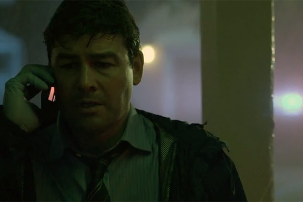 Netflix's First 'Bloodline' Trailer: Kyle Chandler Warns of 'Something  Coming' (Video, Poster)