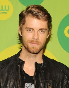 luke-mitchell-marvels-agents-of-shield-abc