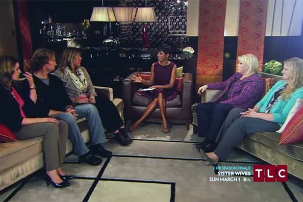 39 sister wives 39 controversial season finale scores series high ratings exclusive. Black Bedroom Furniture Sets. Home Design Ideas