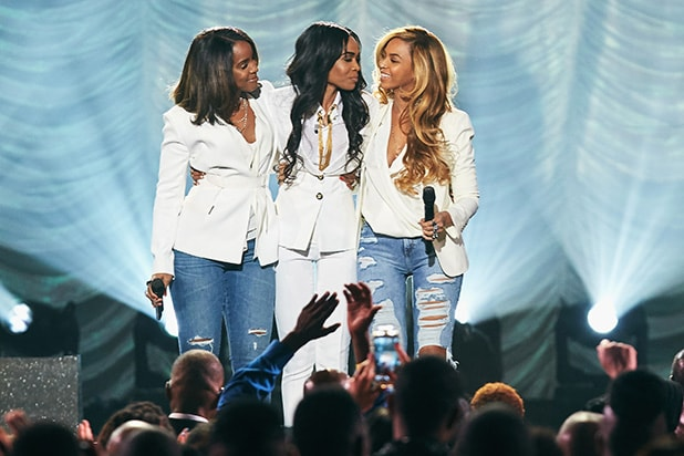 LAS VEGAS, NV - MARCH 28: Singers Michelle Williams, Kelly Rowland and Beyonce performing 'Say Yes' during the 30th Annual Stellar Awards at the Orleans Arena on March 28, 2015 in Las Vegas, Nevada. Say Yes is a song by Michelle Williams, taken from her fourth studio album Journey to Freedom (2014). The song and video feature Kelly R