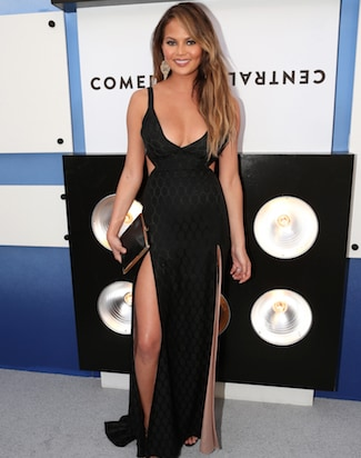 comedy-central-justin-bieber-roast-chrissy-teigen