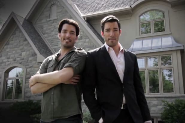 39 property brothers 39 renewed for 52 more episodes by hgtv for Property brothers online episodes