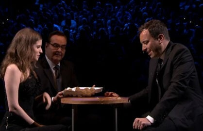 Egg russian roulette jimmy fallon seth meyers