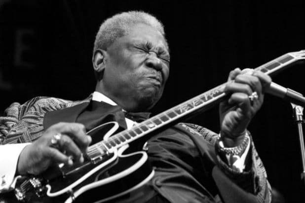 b b king dead hollywood stars musicians praise 39 the king of blues 39. Black Bedroom Furniture Sets. Home Design Ideas