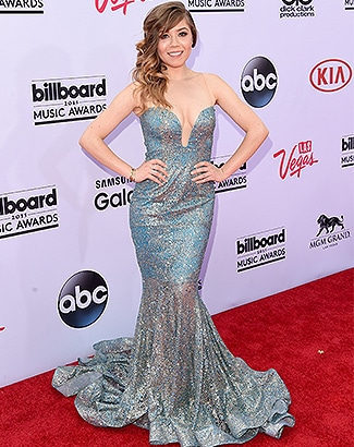 LAS VEGAS, NV - MAY 17: Actress Jennette McCurdy attends the 2015 Billboard Music Awards at MGM Grand Garden Arena on May 17, 2015 in Las Vegas, Nevada. (Photo by Jason Merritt/Getty Images)