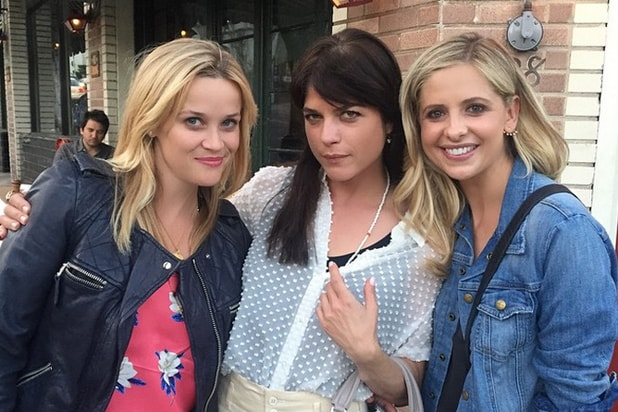 """Reese Witherspoon, Selma Blair and Sarah Michelle Gellar of """"Cruel Intentions"""" (Instagram)"""
