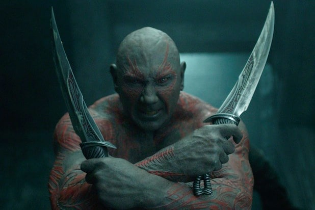 dave bautista defends james gunn on twitter