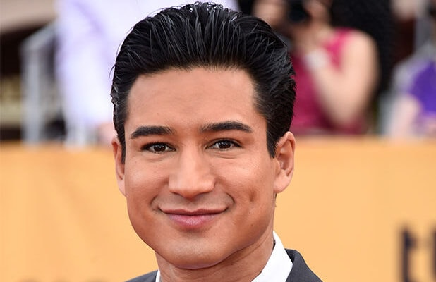 Mario Lopez To Host Cbs Candy Crush Game Show
