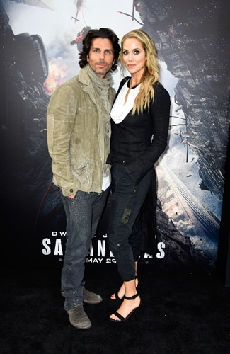 San Andreas premiere Greg Lauren (L) and Elizabeth Berkley (Frazer Harrison/Getty Images)