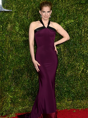 NEW YORK, NY - JUNE 07: Actress Anna Chlumsky attends the 2015 Tony Awards at Radio City Music Hall on June 7, 2015 in New York City. (Photo by Dimitrios Kambouris/Getty Images for Tony Awards Productions)