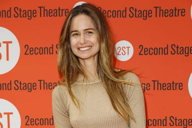 katherine waterston joins eddie redmayne in fantastic beasts and where to find them