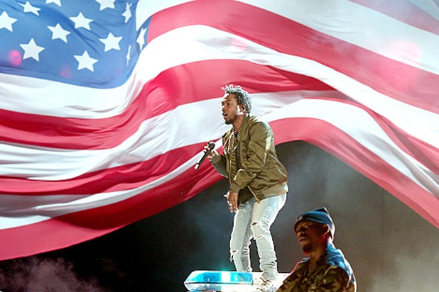 Watch Kendrick Lamar Open The 2015 Bet Awards With