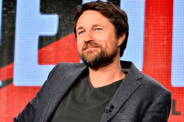 Greys Anatomy Adds Martin Henderson As Season 12 Series Regular