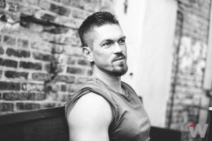Steve Howey, Shameless