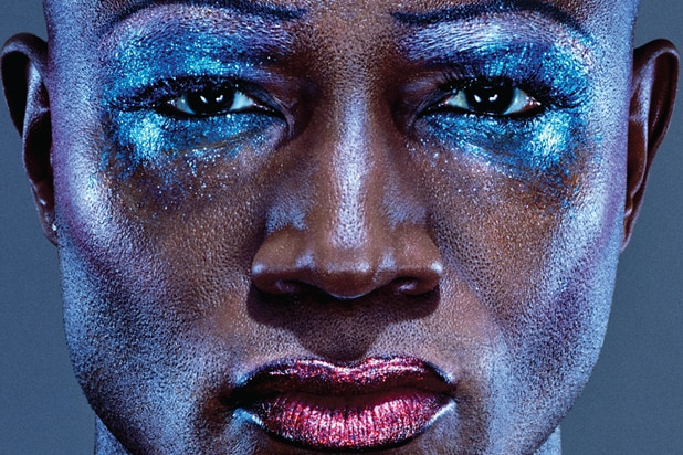 First photo of Taye Diggs as Hedwig (Instagram)