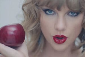 "Taylor Swift's ""Blank Space"" video (Big Machine)"