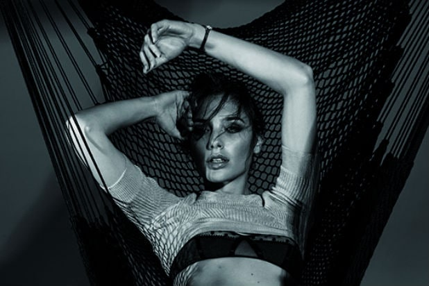 First Look At Wonder Woman Gal Gadot S Sizzling Interview Magazine