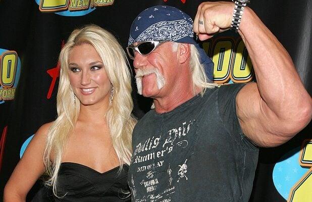 Wie is Brooke Hogan dating 2012