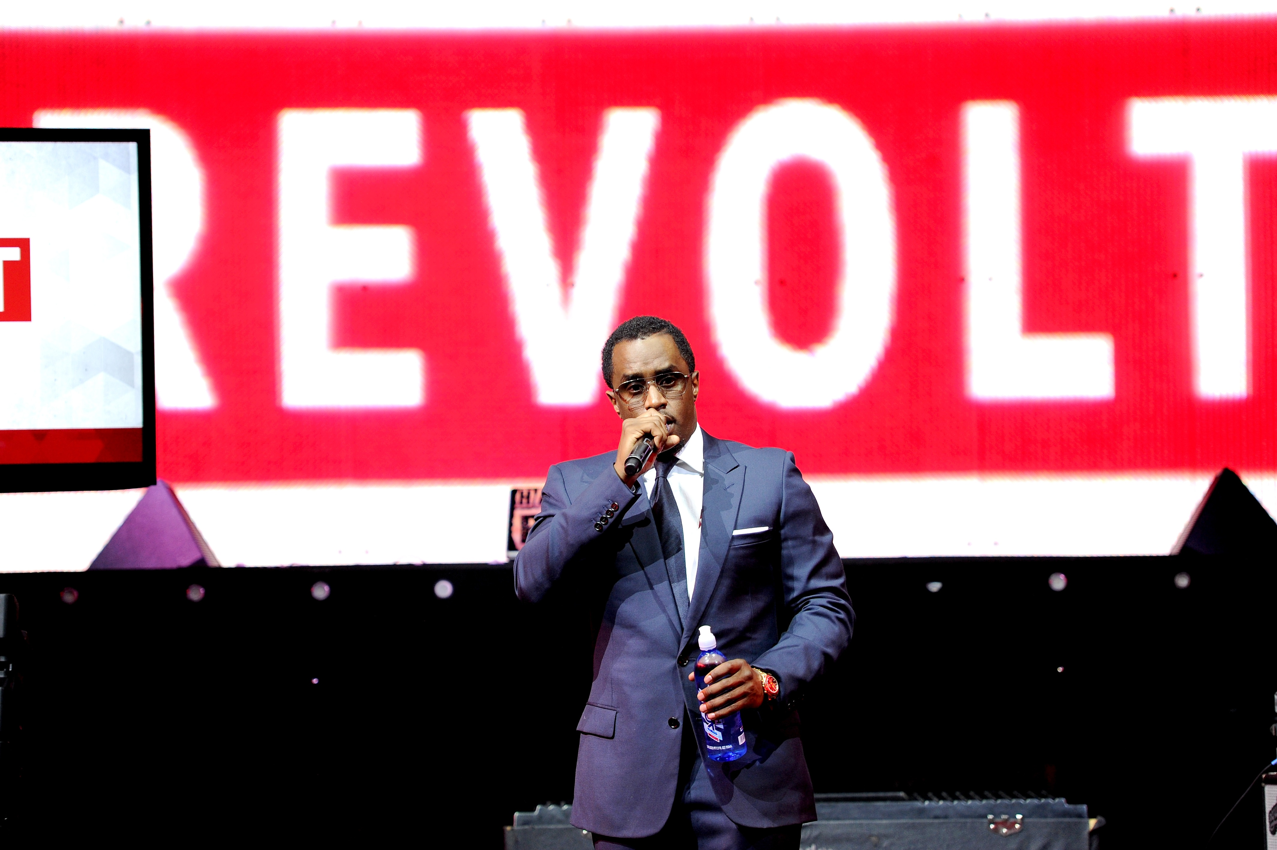Diddy\'s Revolt TV Partners With AT&T U-verse on Heels of 50 Cent\'s ...