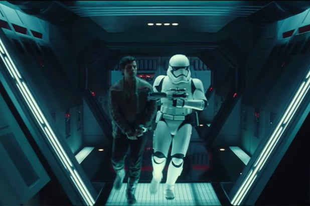 Star Wars:The Force Awakens Comic-Con 2015 reel (Walt Disney)
