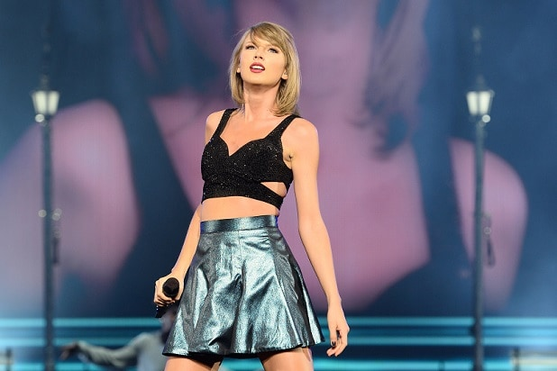 Taylor Swift $50,000 Cancer Patient Donation Sparks GoFundMe