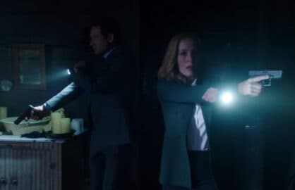 "David Duchovny, Gillian Anderson as FBI agents Fox Mulder and Dana Scully in ""The X-Files"" (Fox)"