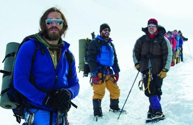 Everest_Gyllenhaal_Kelly_Brolin