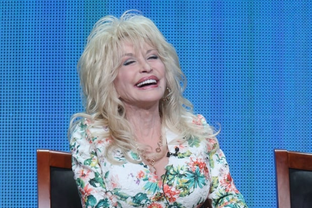 Dolly Parton Ripped on Twitter for Dropping \'Dixie\' From Her ...