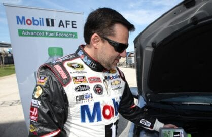 Tony Stewart Joins ExxonMobil to ÒGreenÓ the NASCAR Fleet