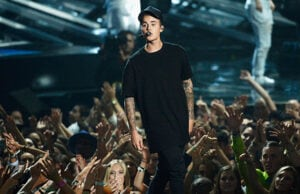 LOS ANGELES, CA - AUGUST 30: Recording artist Justin Bieber performs onstage during the 2015 MTV Video Music Awards at Microsoft Theater on August 30, 2015 in Los Angeles, California. (Photo by Kevork Djansezian/Getty Images)