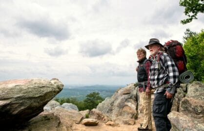 DF-04299_R (l to r) Robert Redford stars as Bill Bryson and Nick Nolte as Stephen Katz hiking along the Appalachian Trail in Broad Green Pictures upcoming release, A WALK IN THE WOODS. Credit: Frank Masi, SMPSP / Broad Green Pictures