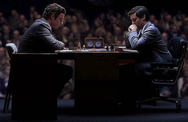 Pawn Sacrifice' Review: Tobey Maguire Goes for Gold as Chess Legend Bobby  Fischer