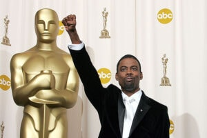 HOLLYWOOD - FEBRUARY 27: Comedian and host Chris Rock poses backstage during the 77th Annual Academy Awards on February 27, 2005 at the Kodak Theater in Hollywood, California. (Photo by Carlo Allegri/Getty Images)