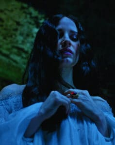 CrimsonPeak_Chastain
