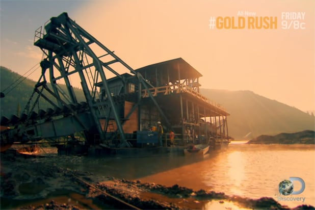 Discovery s gold rush tries mining like the old timers in new