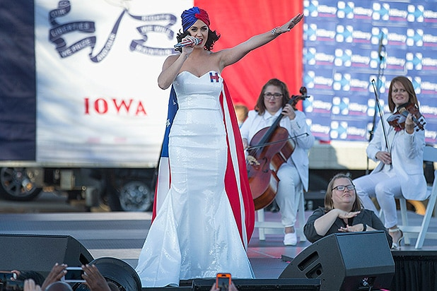 DES MOINES, IA - OCTOBER 24: Singer Katy Perry rallies supporters of Democratic presidential candidate Hillary Clinton outside the Iowa Events Center before the start of the Jefferson-Jackson dinner on October 24, 2015 in Des Moines, Iowa. The three major candidates seeking the Democratic nomination for president are expected to attend the dinner, a major annual fundraiser for Iowa's Democratic Party. (Photo by Scott Olson/Getty Images)