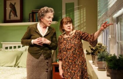 Holland Taylor and Marylouise Burke in 'Ripcord' (Photo: Joan Marcus)