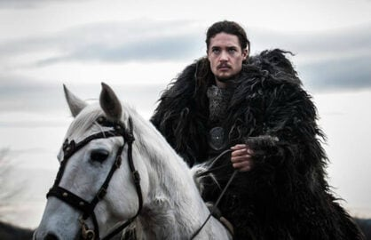 last kingdom review 100915