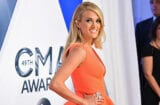 Carrie-Underwood-CMAs-Red-Carpet