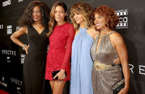 LOS ANGELES, CA - NOVEMBER 03: (L-R) Honorees Trina Parks, Naomie Harris, Halle Berry, and Gloria Hendry attend the Black Women of Bond Tribute at the California African American Museum on November 3, 2015 in Los Angeles, California. (Photo by Rachel Murray/Getty Images for THAurban)